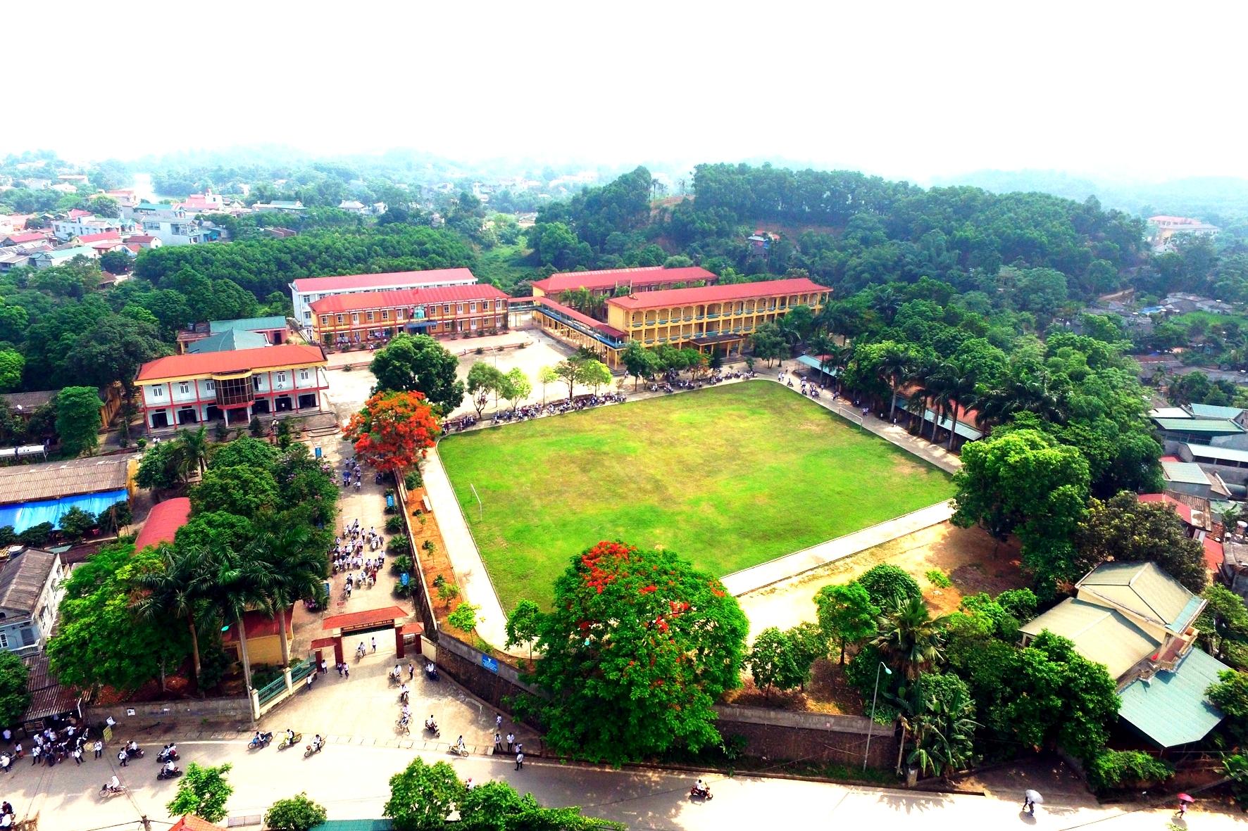 Lịch sử ra đời và phát triển của trường THPT Hạ Hoà- Phú Thọ